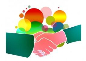 shaking-hands-1018097_640
